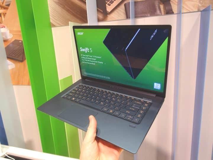 trọng lượng laptop